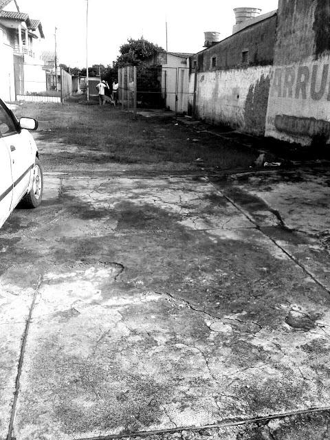 """""""Agefis diz que irá derrubar casas construídas em becos no Gama"""" (Republicação)"""