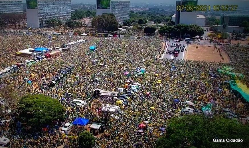 Sem desfile no 7 de Setembro, mas os 500 mil brasileiros deram o recado na capital